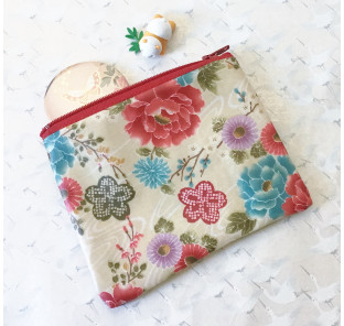 Pochette fleurie en coton...