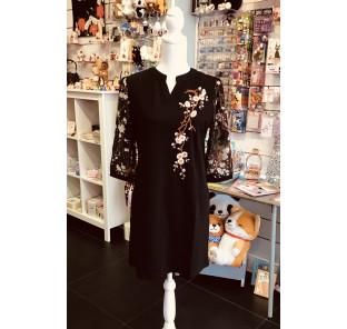 Robe noire sakura TL (40)