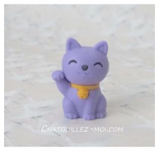 Gomme chat violet, maneki neko
