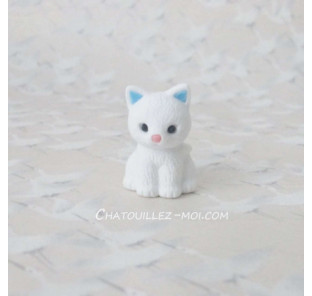 Gomme chat blanc